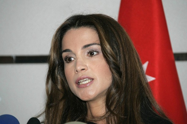 La Reine Rania De Jordanie Evoque La Succession De Son Epoux Noblesse Royautes