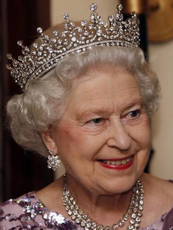 banquet d 39 etat aux bermudes pour la reine d 39 angleterre noblesse royaut s. Black Bedroom Furniture Sets. Home Design Ideas
