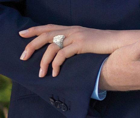 La bague de fiançailles de Charlene Wittstock (suite)