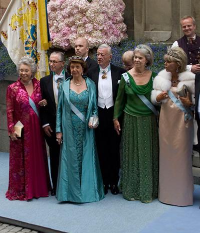 Les soeurs du roi de su de au mariage de leur ni ce - Les soeurs du marquis ...