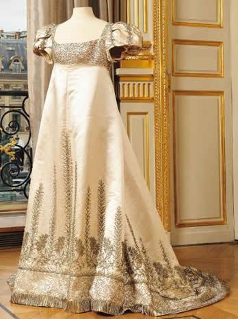Une robe de l 39 imp ratrice jos phine mise en vente for Maison a 80000 euros neuve