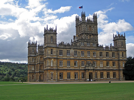 La s rie downton abbey tourn e au ch teau de highclere noblesse - Chateau de downton abbey ...