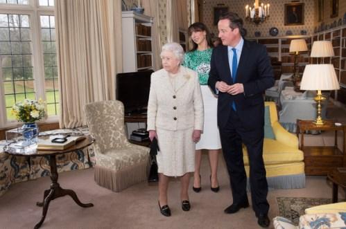 Elizabeth Ii D 233 Jeune Avec Le Premier Ministre David