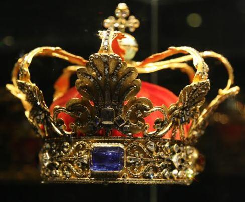 Les couronnes des souverains danois noblesse royaut s - Image couronne des rois ...