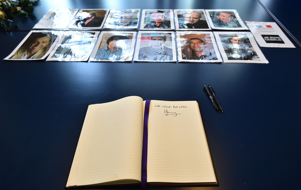 Prince+Harry+signs+book+condolence+French+NBwATpYpS8Dl