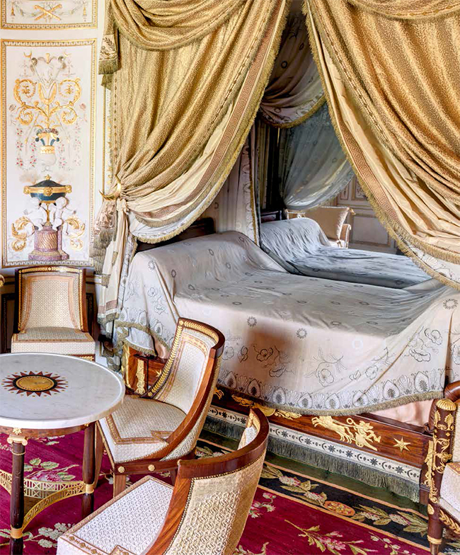 r ouverture du boudoir turc de fontainebleau noblesse royaut s. Black Bedroom Furniture Sets. Home Design Ideas