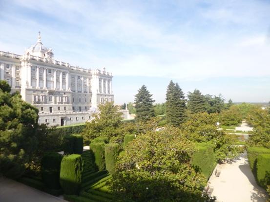Les jardins de sabatini madrid noblesse royaut s for Hotel jardines sabatini