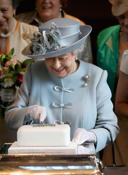Queen+Elizabeth+II+Attends+Centenary+Annual+Bn154lfFNMll