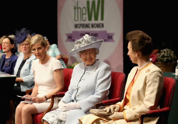 Queen+Elizabeth+II+Attends+Centenary+Annual+wgImAPgFguvl