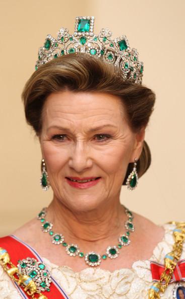 Queen+Margrethe+II+Denmark+Celebrates+40+Years+PbwVIywPUzdl