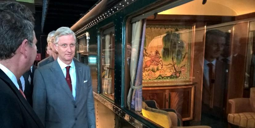 Le roi philippe inaugure train world noblesse royaut s - Roi du matelas schaerbeek ...