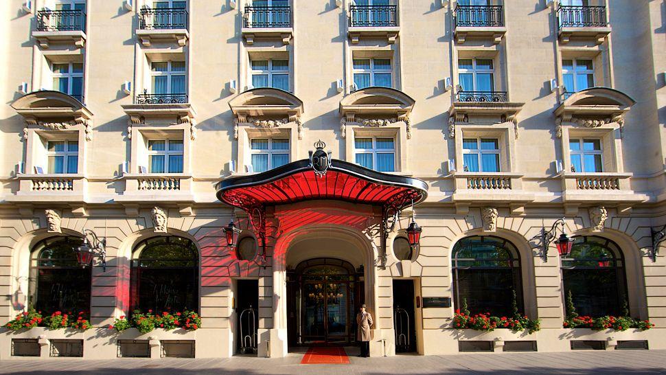 Qui sont les propri taires des palaces parisiens for Hotel branche a paris