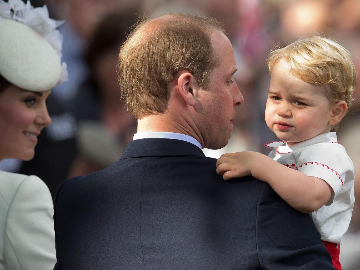Le prince george au jardin d 39 enfants noblesse royaut s for Au jardin d enfant