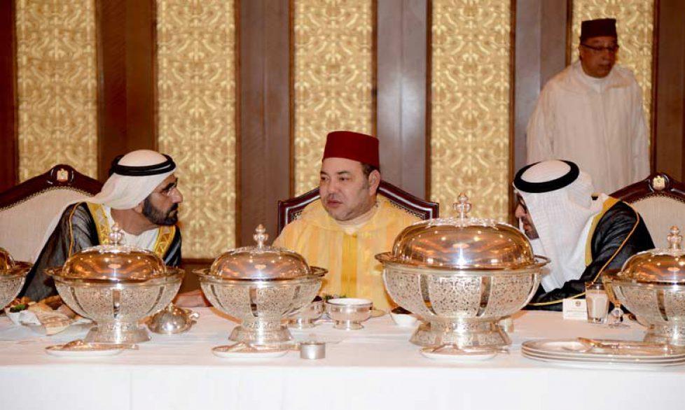 SM-LE-ROI-et-Cheikh-Mohamed-Ben-Zayed