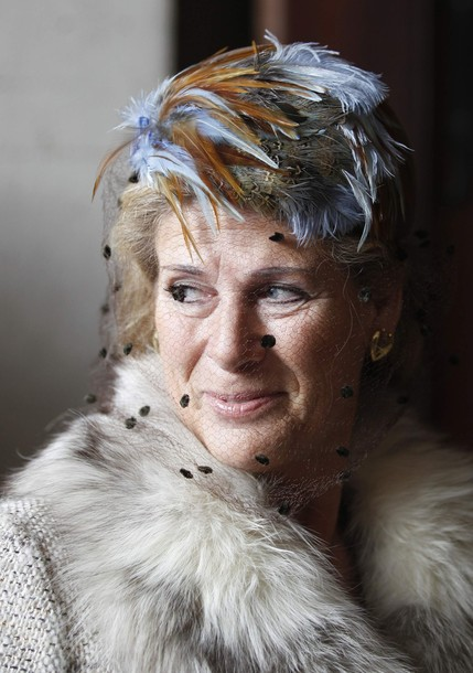 Belgium's Princess Lea arrives at a mass in memory of former members of the royal family at Notre Dame de Laeken church in Brussels February 16, 2012. REUTERS/Francois Lenoir (BELGIUM - Tags: HEADSHOT PROFILE RELIGION ROYALS ENTERTAINMENT)
