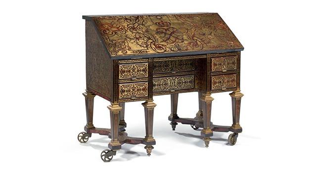 pr emption d 39 un bureau de louis xiv par le ch teau de versailles noblesse royaut s. Black Bedroom Furniture Sets. Home Design Ideas