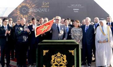Le roi du Maroc inaugure un complexe solaire
