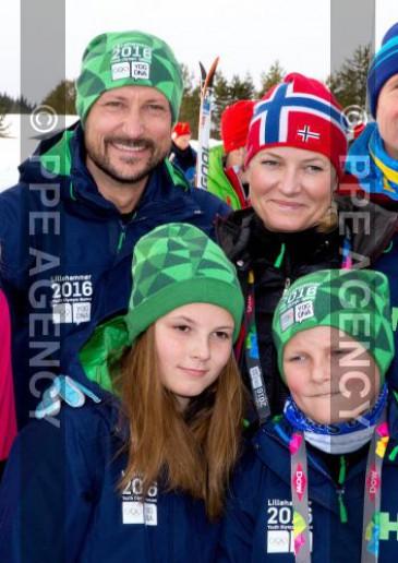 Haakon de Norvège : journée d'initiation au ski