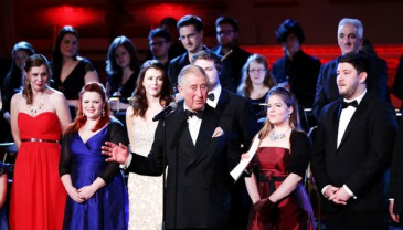 Le prince de Galles à un concert de gala