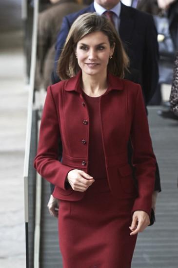 La reine d'Espagne en visite au Palais royal