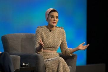 La sheikha Mozah à la conférence «No lost generation»
