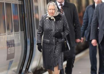 Elizabeth II : retour à Londres