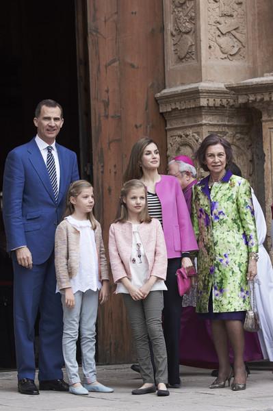 Easter+Mass+Palma+de+Mallorca+NQVcnrTAHryl