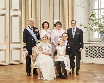 Photos officielles du baptême du prince Oscar de Suède