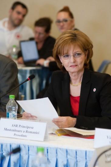 Margareta de Roumanie : réunion à la Croix-Rouge