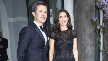Frederik et Mary de Danemark au baptême d'Oscar de Suède