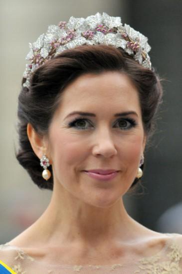 Les diadèmes de la princesse héritière Mary de Danemark