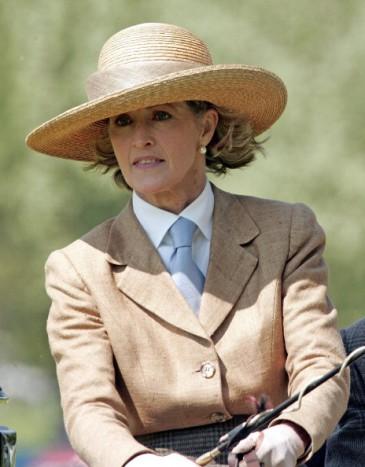 Lady Brabourne ou l'élégance personnifiée