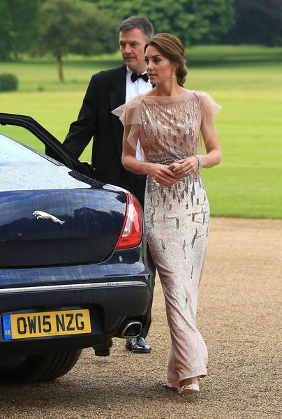Duke+Duchess+Cambridge+Attend+Gala+Dinner+4LAROK7UEZZl