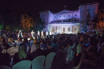 Défilé de mode au Palais blanc de Belgrade