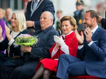La famille royale de Norvège à Kristiansand