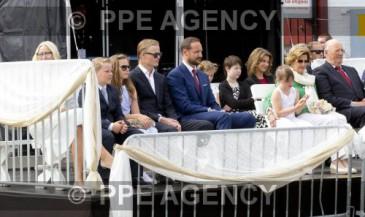 La famille royale de Norvège à Trondheim