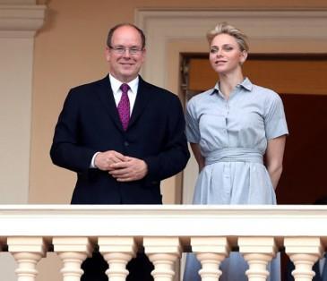 Albert et Charlène de Monaco à la fête de la Saint Jean
