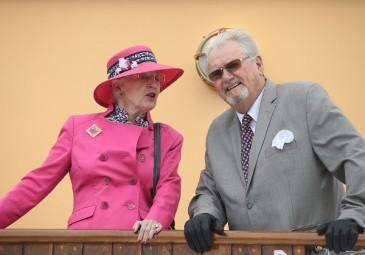 Nouveau «look» pour Henrik de Danemark