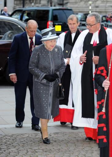 Elizabeth II commémore la bataille de la Somme