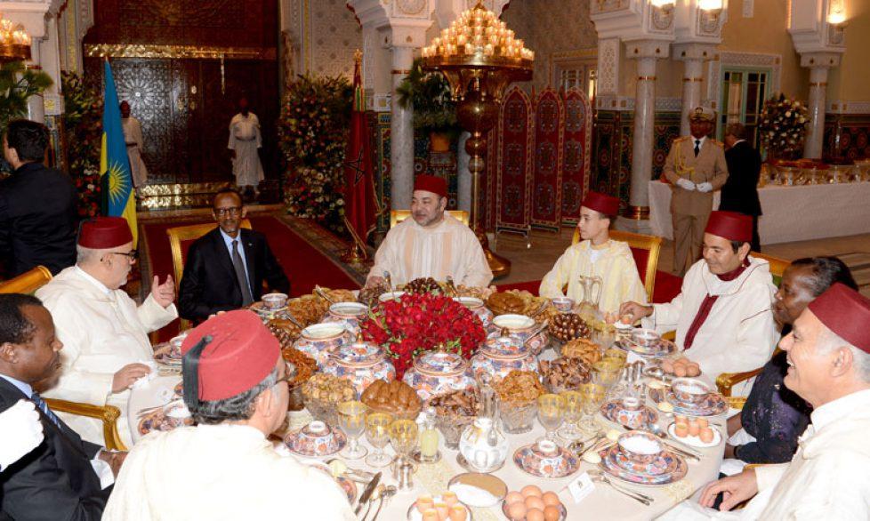 Le roi du Maroc reçoit le président rwandais