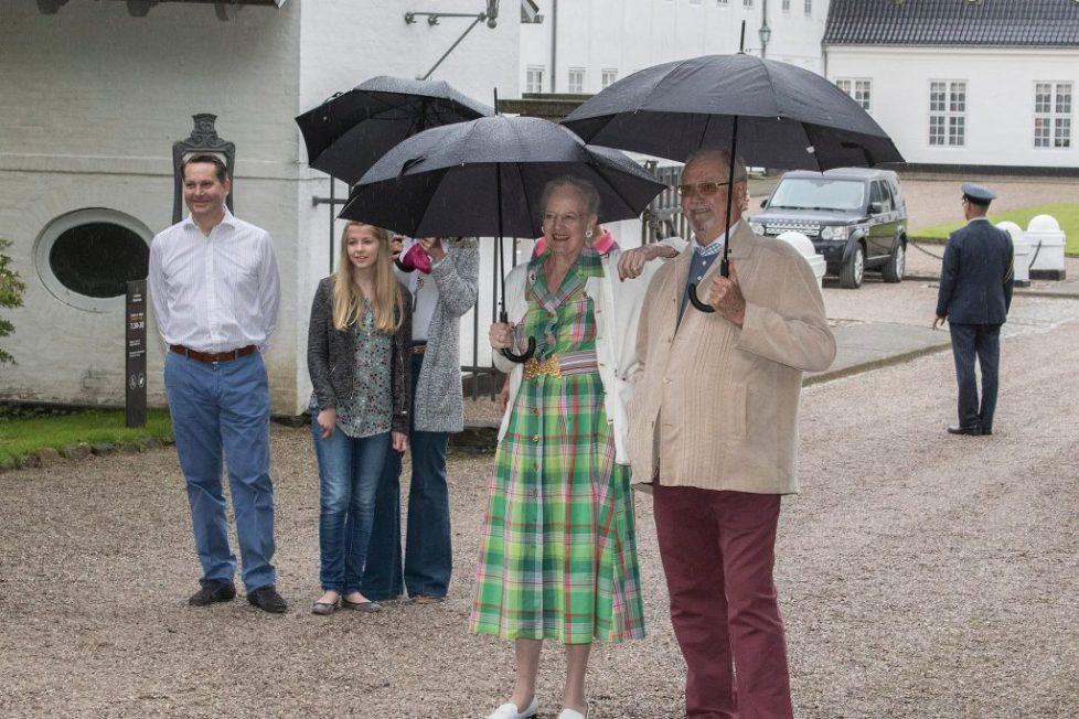 Parade équestre à Grasten
