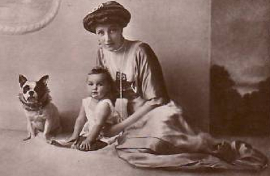 13 Elisabeth-Marie et sa fille Stéphanie copy