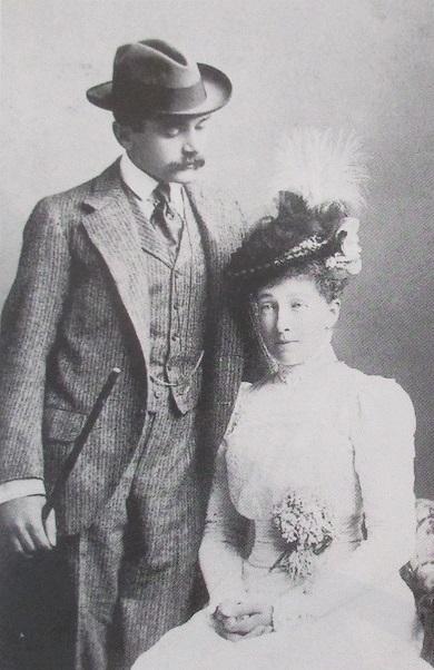 6 Stéphanie et son mari