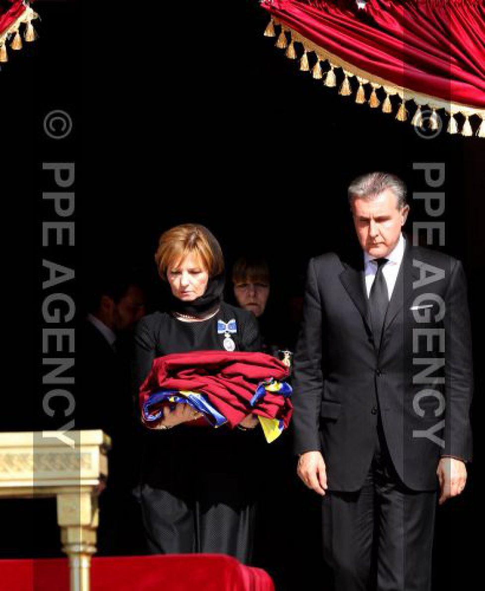 Inhumation de la reine de Roumanie à Curtea de Arges