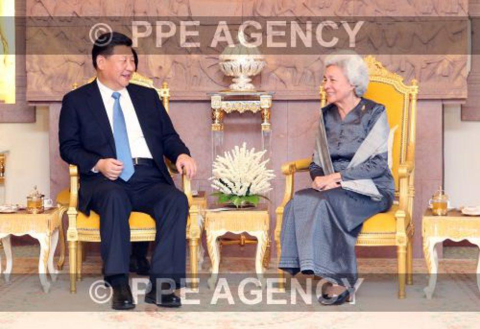 La reine mère du Cambodge reçoit le président chinois