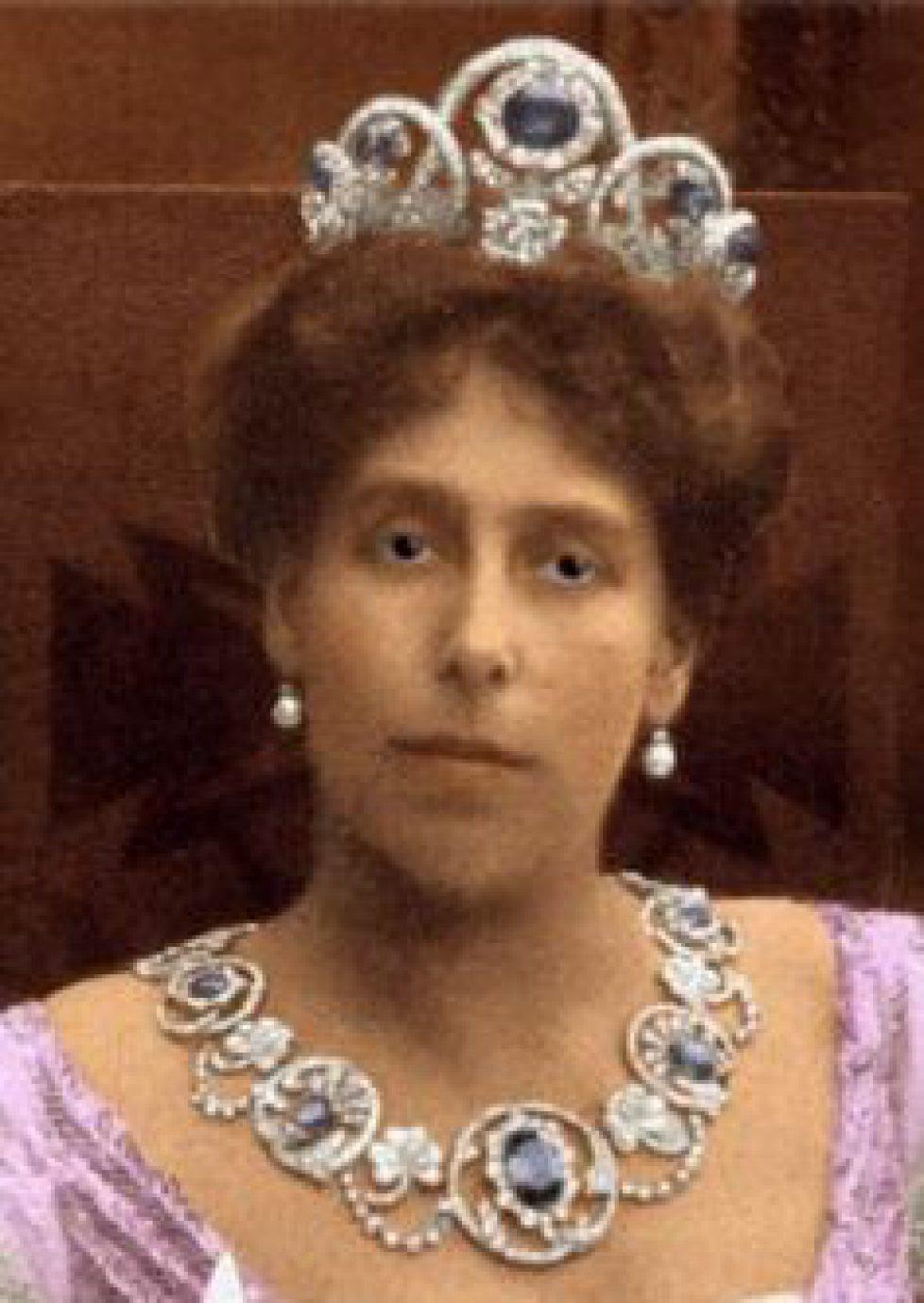 La parure de diamants et saphirs de Victoria Melita de Russie