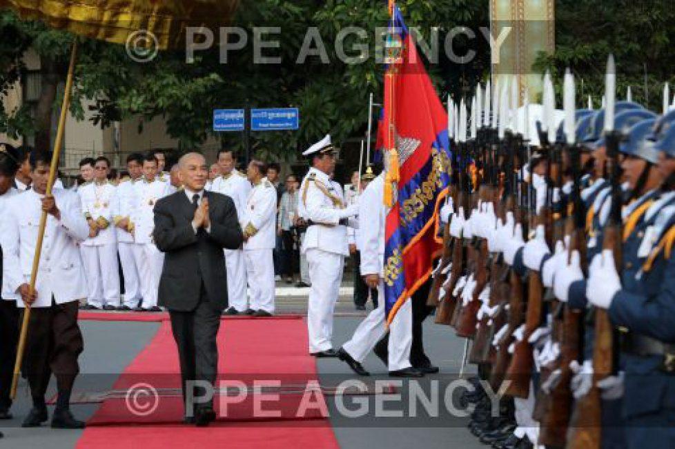 Cérémonie marquant l'anniversaire de l'indépendance du Cambodge