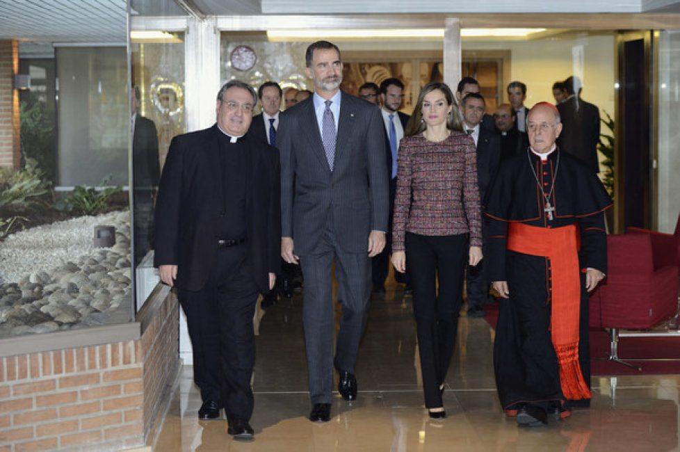 Les souverains espagnols aux 50 ans de la conférence épiscopale