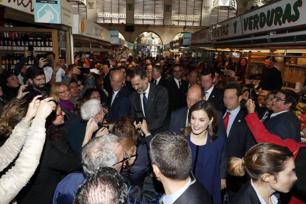Les souverains espagnols au marché de Valence