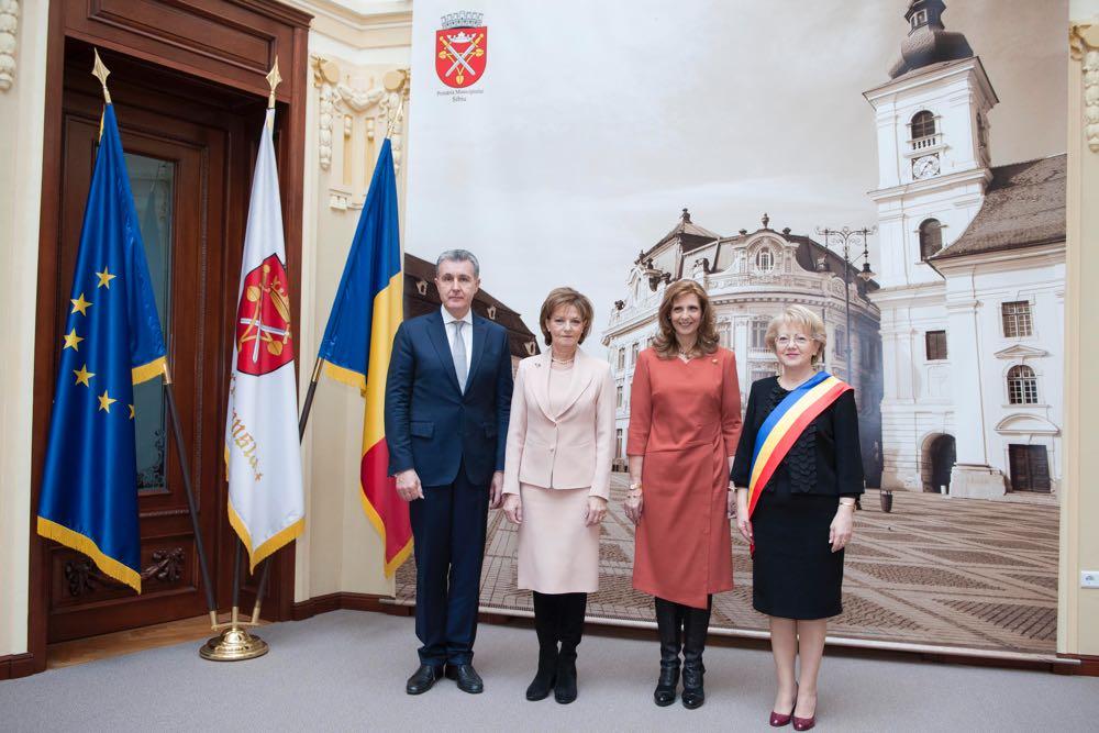 Margareta, Radu et Marie de Roumanie à Sibiu